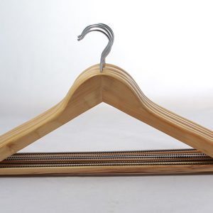 Natural color Lotus wood garment hanger wooden coat hangers With Retangle Bar